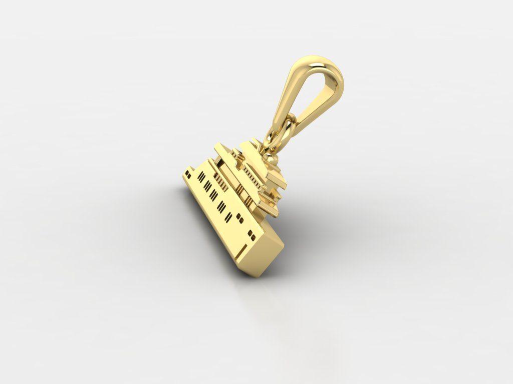 Customized golden boat pendant